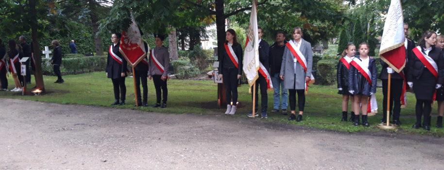 Uroczystości przy Krzyżu Katyńskim i Wołyńskim